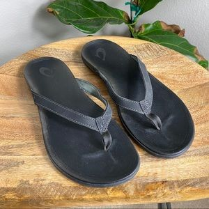 OluKai Ho'opio Flip Flop Sandals Black Size 8.5